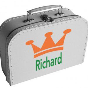 koffertje met kroontje en naam